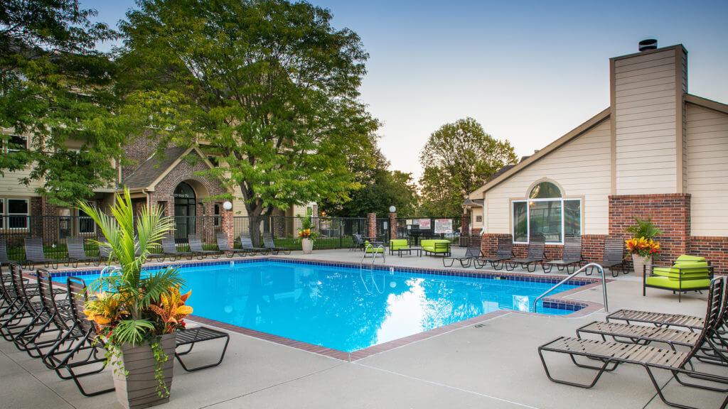 Enclave pool c